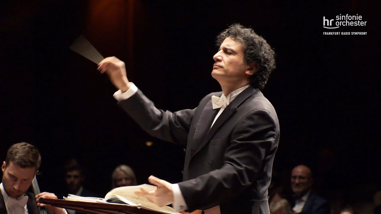 Hindemith: Sinfonische Metamorphosen ∙ hr-Sinfonieorchester ∙ Alain Altinoglu