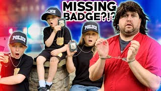 Assistant pretend play police help Ryan and Little Heroes find missing badge