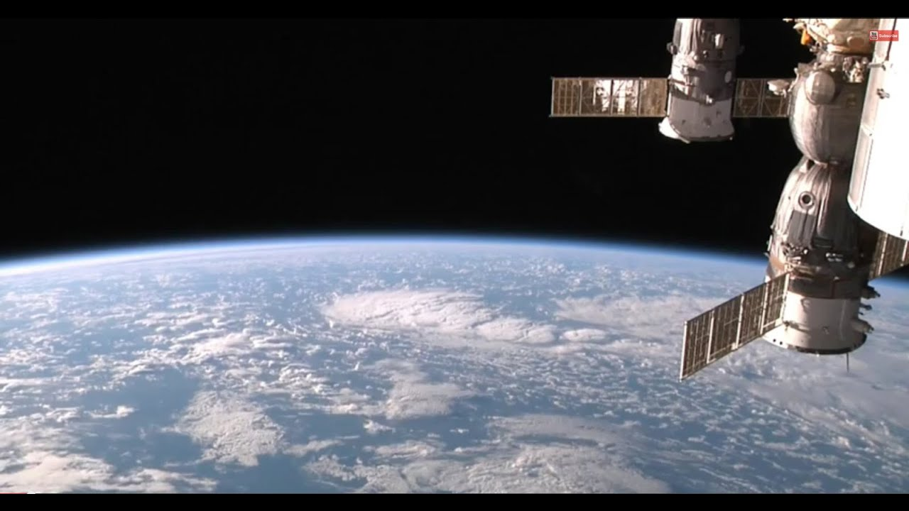 view from space station live - photo #17
