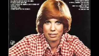 Vicki Lawrence  - The Night The Lights Went Out In Georgia.mp4