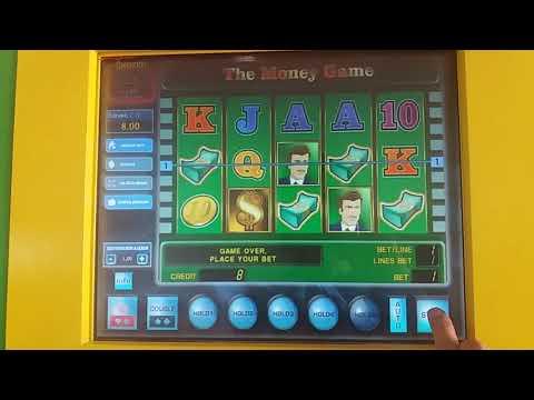 В Одессе на улицах появились игровые автоматы или как люди проигрывают деньги