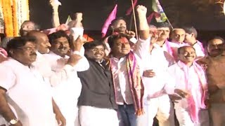 KCR paying tribute to Telangana martyrs at Gunpark - KCR's grand welcome rally