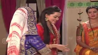 Behind the scenes snippets of Swaragini..