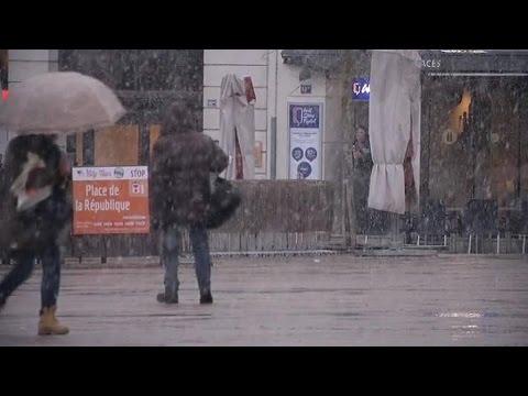 Des averses de neige au Mans dans la Sarthe