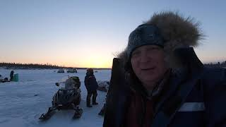 Зимняя рыбалка на горной реке