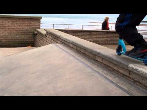 scooters in teignmouth 2011 vid HD