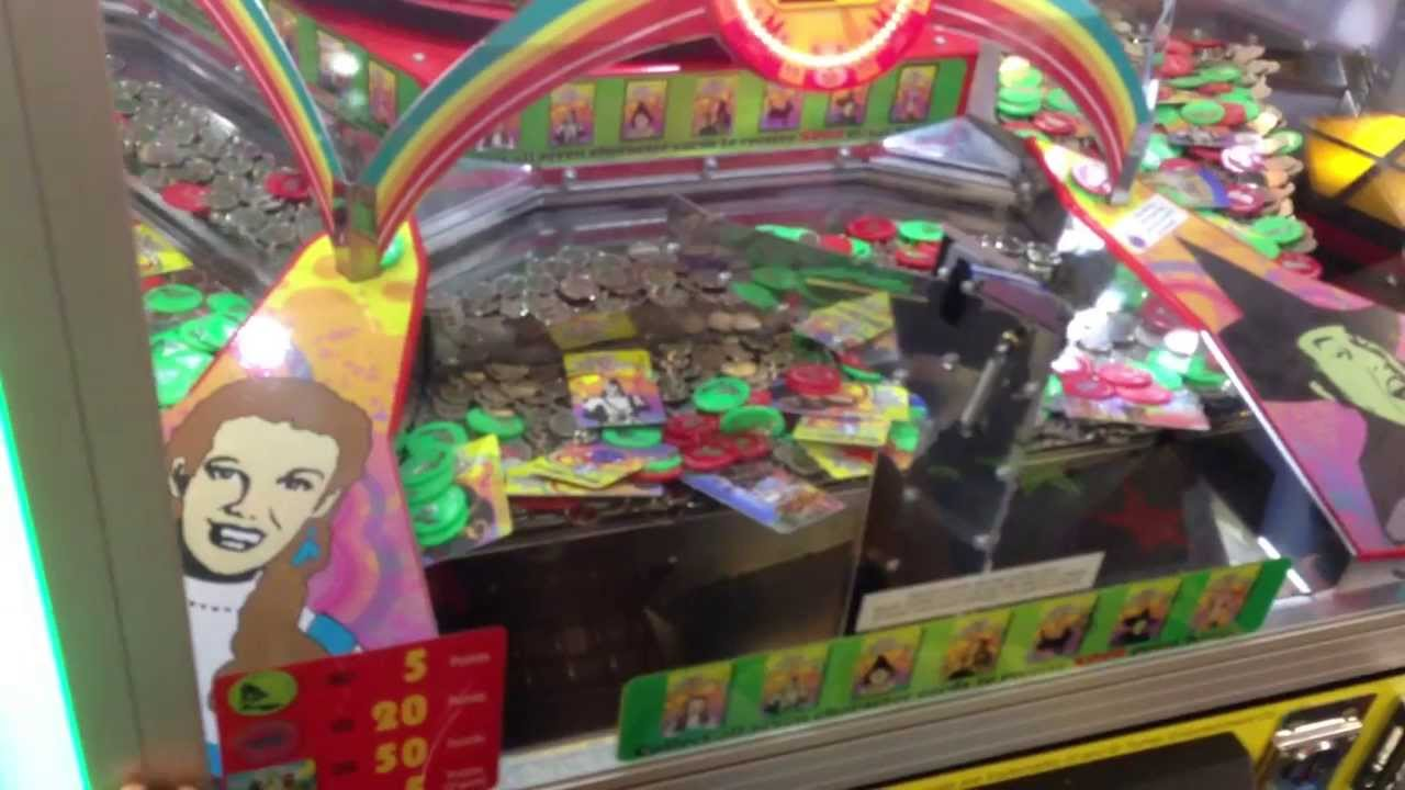 Huge Win at Wizard of Oz Coin Pusher Part 1 of 2