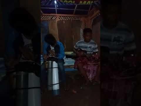 Iwan fals - Pesawat tempur (cover) gitar kentrung & kendang peralon 👍👍👍👍👏👏👏👏