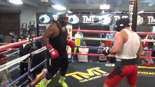 Amateur heavyweights slug it out at the Mayweather Boxing Club
