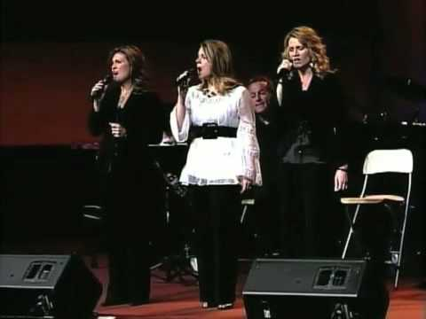 Sisters sing The Lord's Prayer