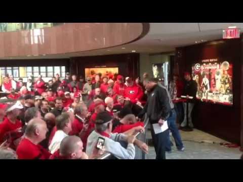 Richt and Bryan McClendon addressing fans