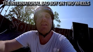 Video THE INTERNATIONAL BAD BOY ON TWO WHEELS!! download MP3, 3GP, MP4, WEBM, AVI, FLV Juni 2017