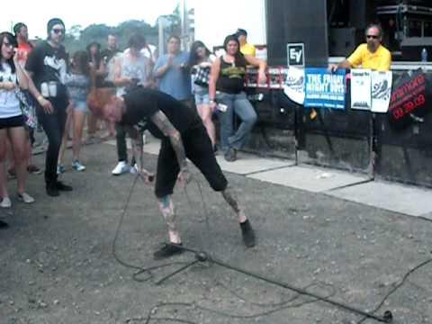 Gallows- Misery live Vans Warped Tour 09 Hartford CT