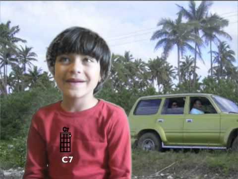 Ukulelevis: Mele Kalikimaka, 6 year old, Funny high
