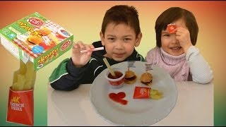 Kracie Popin' Cookin' Happy Kitchen Mini Burger And French Fries Diy Kit ハッピーキッチン ハンバーガー