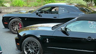 Hellcat vs manual Shelby GT500-drag race