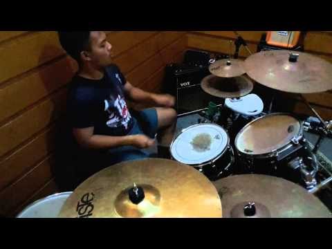 Drum solo by Yamaha Music Indonesia's Drummer.