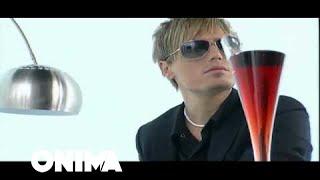 Смотреть клип Blero Ft. Leonora Poloska - Crazy
