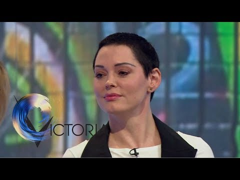 Rose McGowan: 'Weinstein tried to contact me'  BBC