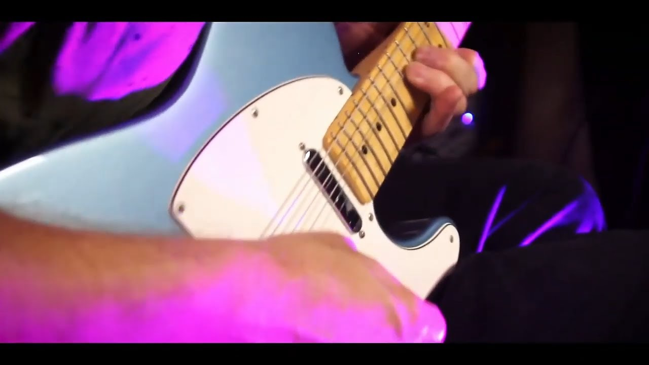 Blues Guitar Solo by Barry Gilman