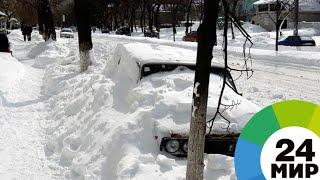 Циклон в центре России: непогода парализует дороги и рушит деревья - МИР 24