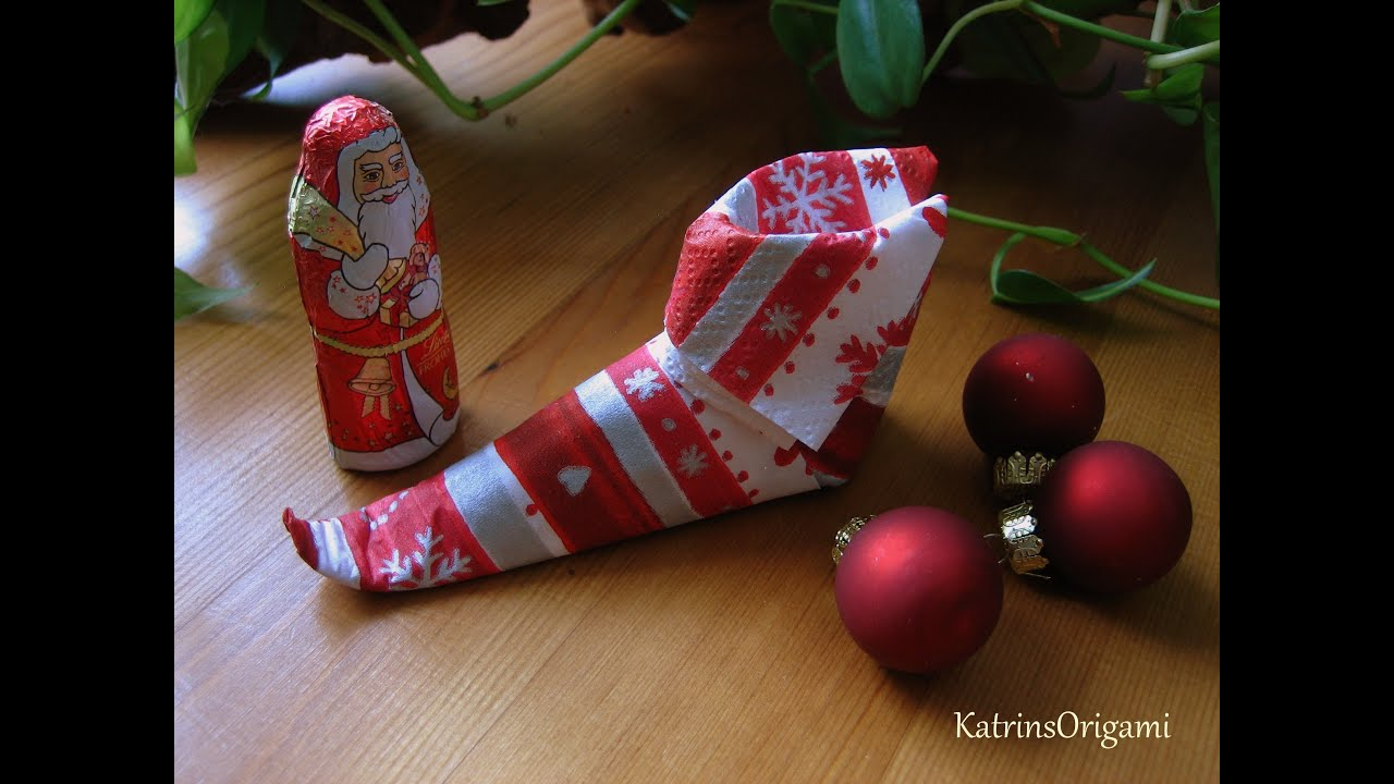 origami elf boots napkin youtube. Black Bedroom Furniture Sets. Home Design Ideas