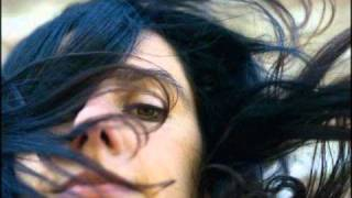 PJ Harvey - All and Everyone