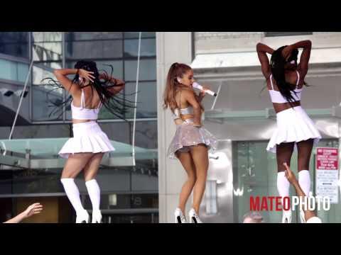 Ariana Grande & Childish Gambino