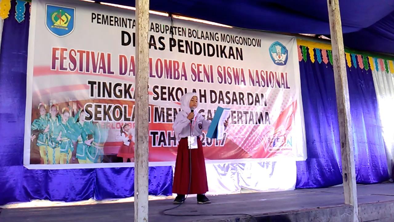 Menangis Juara 1 Baca Puisi Ibu Karya Mustofa Bisri Fls2n Sd