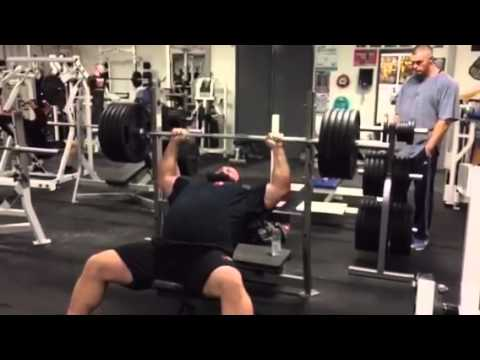 Eddie hall huge bench press