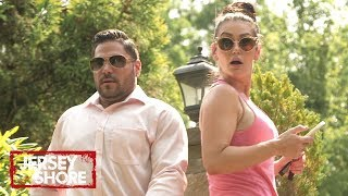 Ron Surprises Everyone at Deena's Gender Reveal Party! 🍼  Jersey Shore: Family Vacation | MTV