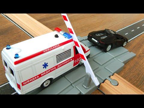 Скорая помощь и супер кар Видео для детей про игрушки машинки Мультик Город Машинок 320 серия