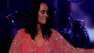 """BANDA MS Y SHAILA DURCAL """"Me Vas A Extrañar"""" en Premios De La Radio 2016"""