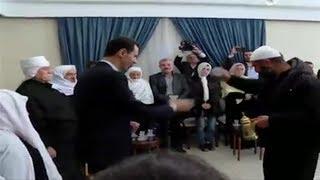 فيديو: يكسرون فنجان قهوة #بشار_الأسد ويغنون له في #السويداء   #بي_بي_سي_ترندينغ