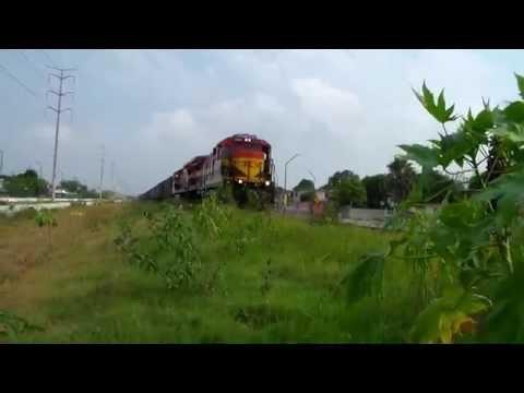 Kansas City Southern De Mexico Tren Localero Con Super7MP Rumbo A l Puerto.