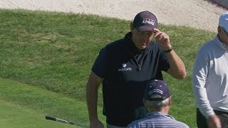 Phil Mickelson shows off short game skill at AT&T Pebble Beach