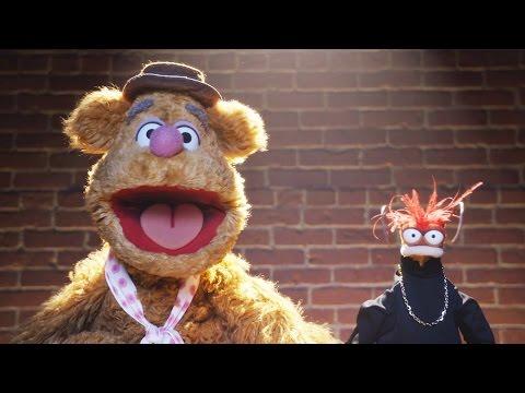 Fozzie's Bearly Funny Fridays #17 | Fozzie Bear Jokes | The Muppets