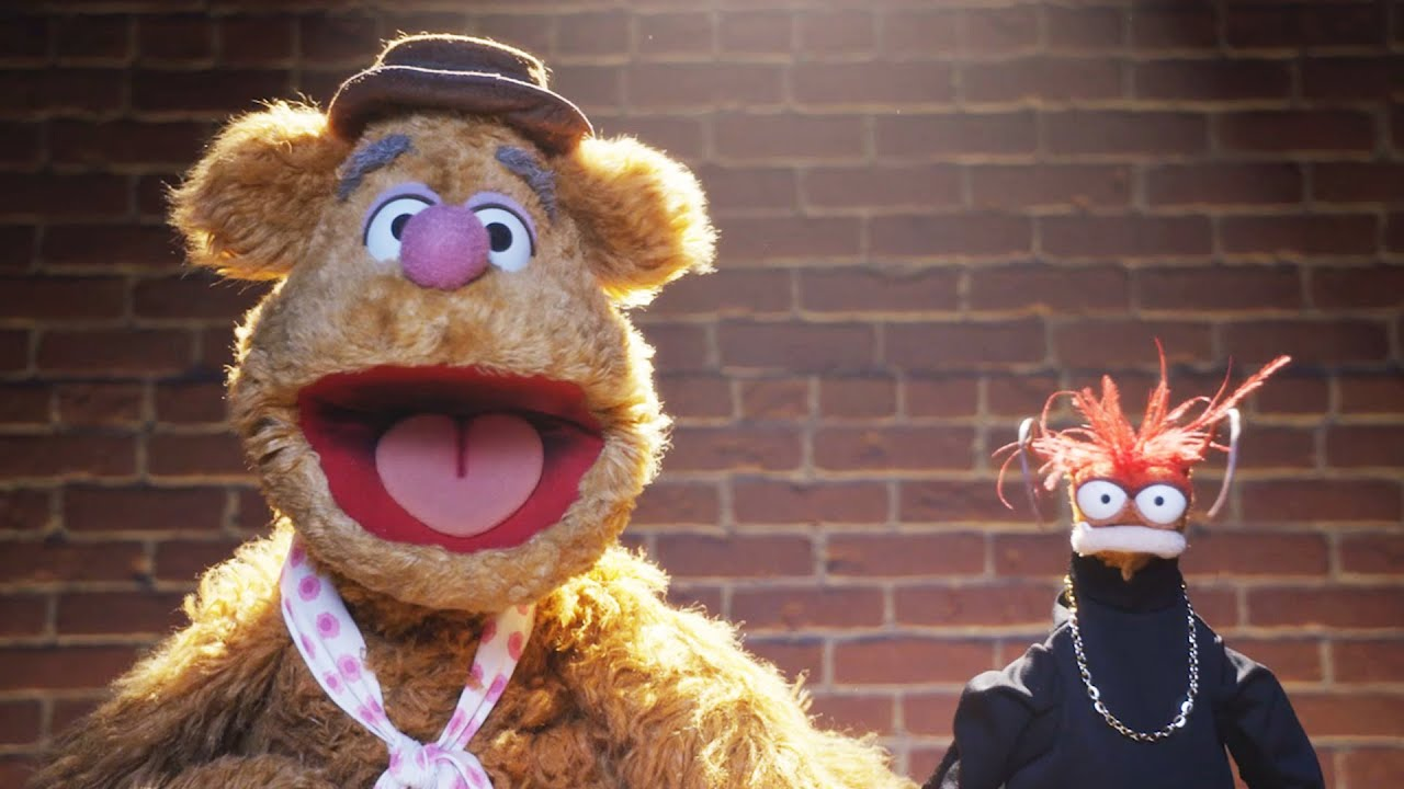 Fozzie's Bearly Funny Fridays #17 | Fozzie Bear Jokes | The Muppets
