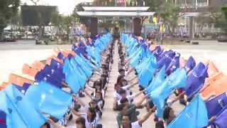 Ca khúc Bài ca Sinh viên - NS Trần Hoàng Tiến do hơn 1000 bạn sinh viên Cần Thơ tham gia