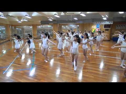 04 Oct.2013 國小實驗課程舞蹈班(中年級)上課花絮 Part.4