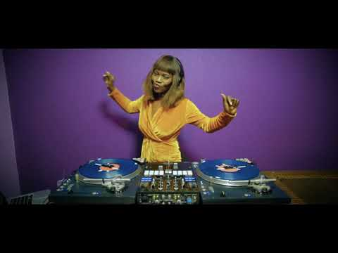 dj-jennyswitch-presents-da-female-voices-mix