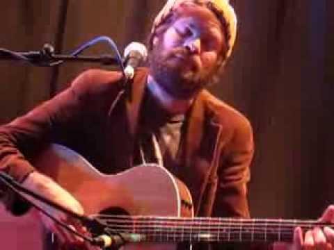 Neil Halstead - Love Is A Beast (Live @ Cecil Sharp House, London, 24/10/13)
