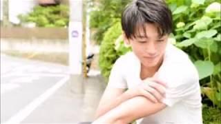新進気鋭の若手俳優・竹内涼真(24才)の初ロマンスが発覚した。お相手は、雑誌モデルのほか、アイドルグループ『恥じらいレスキューJPN』のメンバーとして活躍する里々 ...