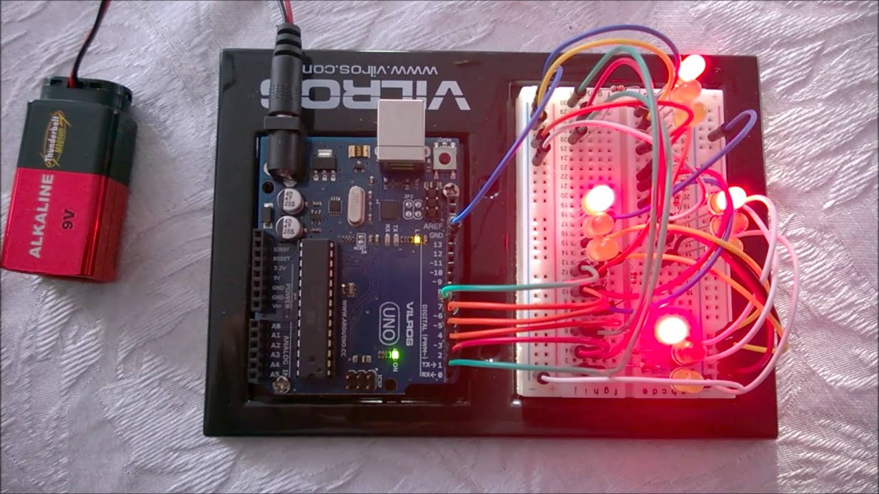 Traffic Light Circuit With Arduino Uno Youtube