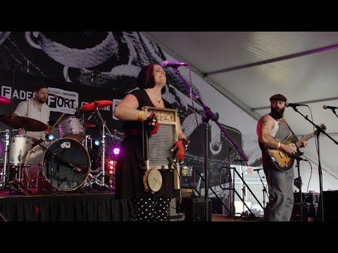"Reverend Peyton's Big Damn Band - ""Pot Roast And Kisses"" Live @ FADER FORT SXSW 2015"