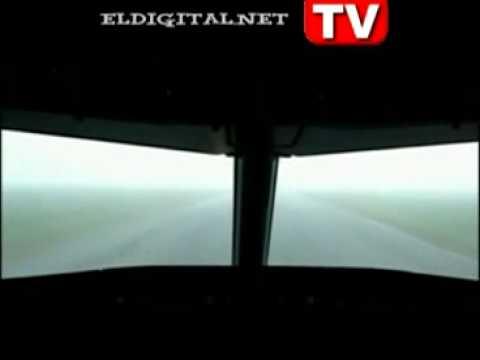 Airbus landing demonstration in ILS CAT III C - YouTube