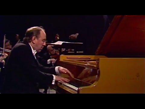 Vladimir Krainev plays Prokofiev Piano Concerto no. 3 - video 1986