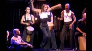 21. La Isla Bonita - Madonna - Drowned World Tour 2001