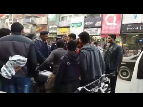 Jhelum Punjab ki police ka naya andaaz.e.byaan
