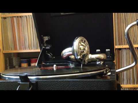George Olsen a.h. Music: Walking with Susie (HMV B 5655)